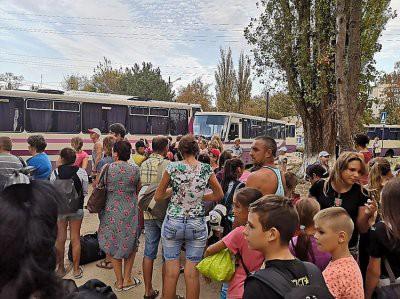 В Армянске детям продлили каникулы из-за химических выбросов