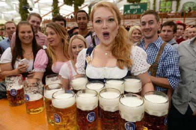 В Мюнхене открылся пивной фестиваль Октоберфест