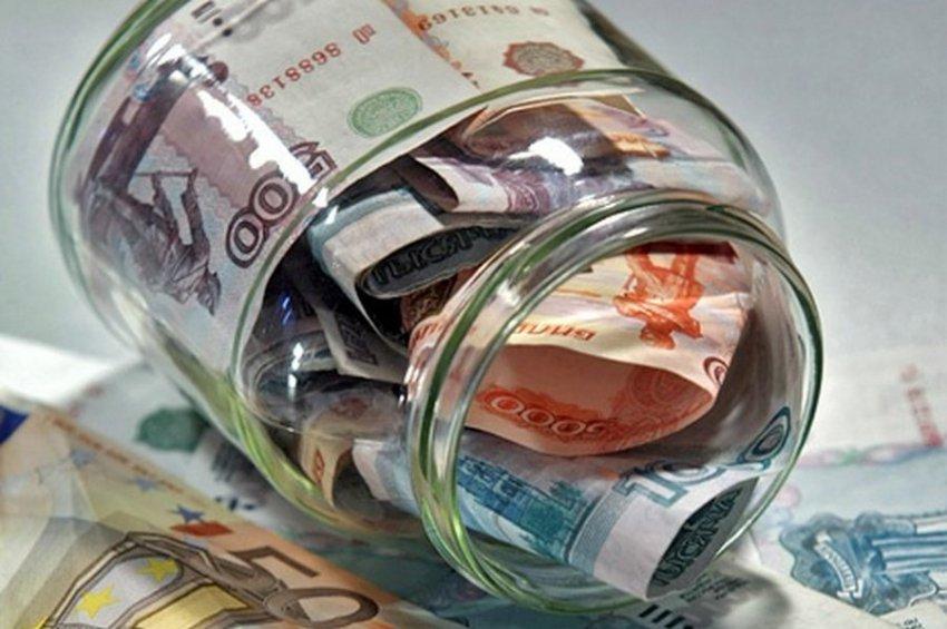 Песков заявил об отсутствии планов принудительного перевода долларовых вкладов в рублёвые