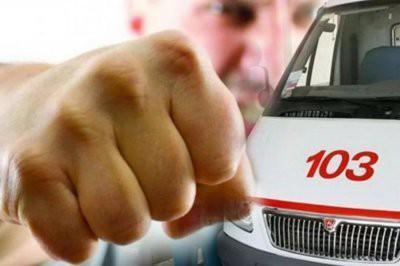 В Москве пьяный мужчина избил фельдшера скорой помощи