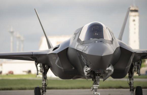 «Еврейская теория»: эксперты высмеяли слова о «неспособности» С-300 обнаружить истребители F-35