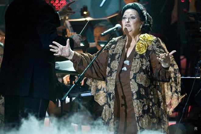 Легендарная оперная дива Монсеррат Кабалье скончалась в возрасте 85 лет