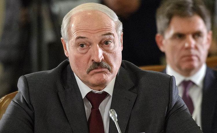 В экстренной ситуации преемником Лукашенко станет родившийся в Москве военный летчик