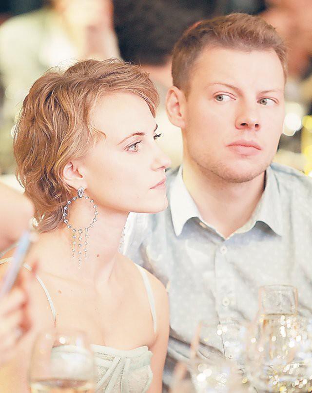 Алексей Чадов вывел в свет новую девушку