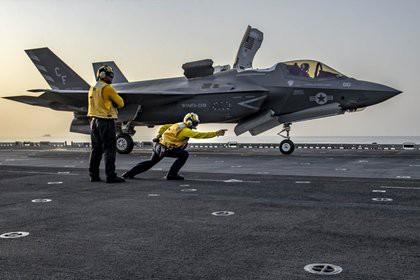 США испытают F-35 против С-300 и С-400