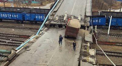 Виадук частично рухнул в городе Свободный Амурской области