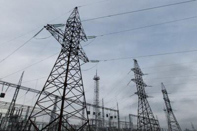 Более 8 тыс жителей Свердловской области остались без света