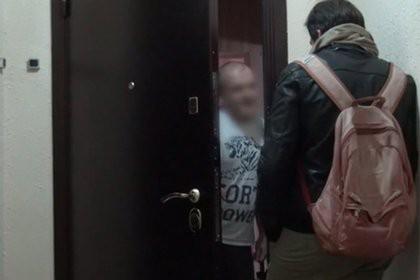 Журналист пришел по месту прописки «отравителя Скрипаля» и поговорил с Мишкиным