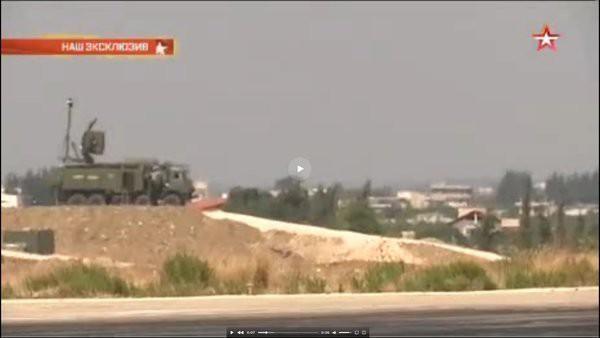 Почему американский самолет разведчик так боится приближаться к базе Хмеймим.