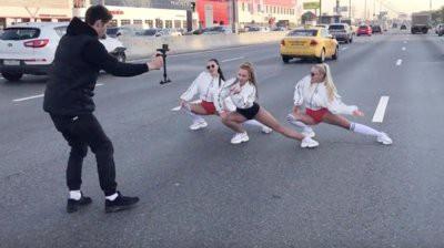 ГИБДД Москвы проводит проверку после съемок клипа на МКАД