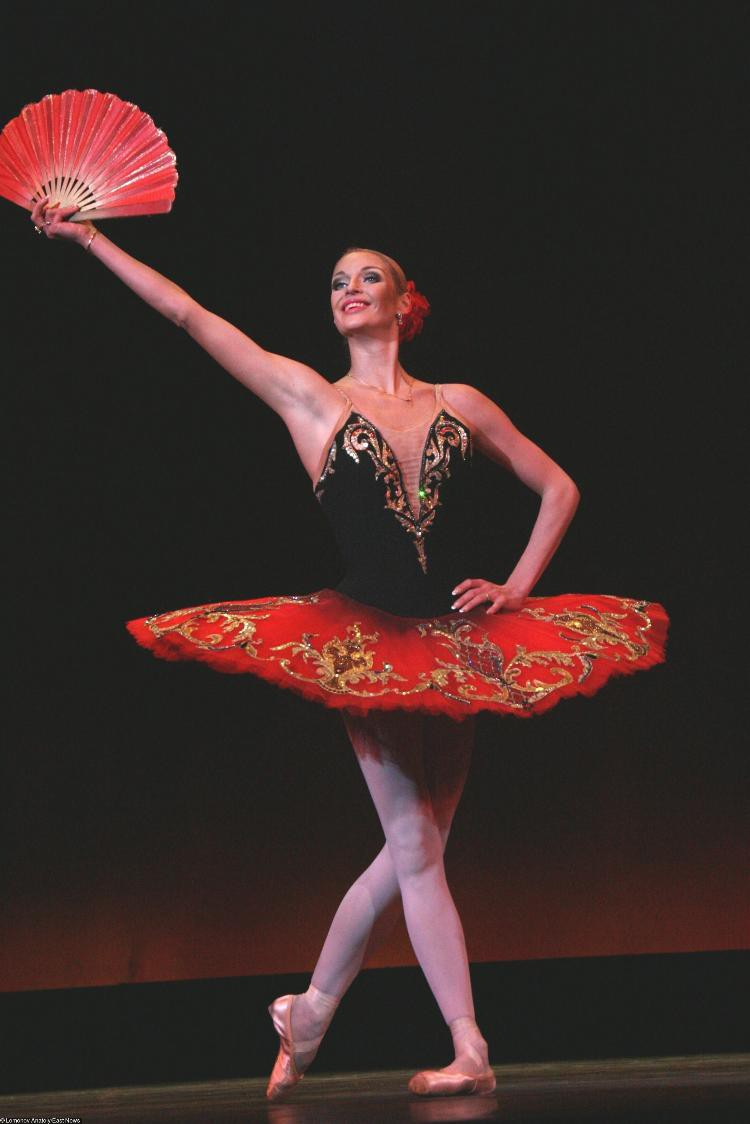 «Танец пьяного матроса»: балетные па Волочковой высмеяли в соцсетях