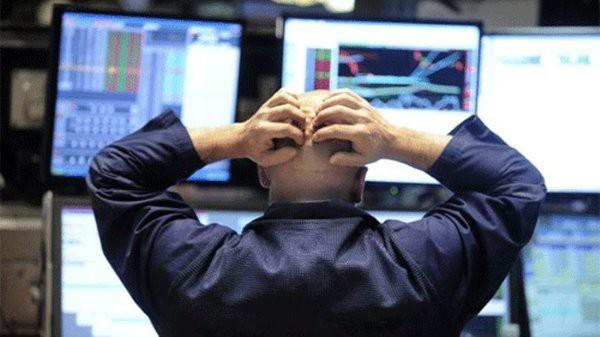 Обвал рынка всё-таки произошёл, держатели сбрасывают акции и ценные бумаги США