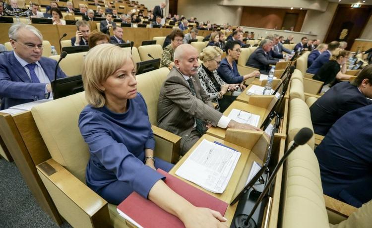 Сохранение льгот предпенсионеров одобренно Госдумой