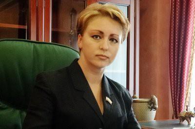 Готовая прожить на 3,5 тысячи рублей министр Наталья Соколова оказалась миллионершей