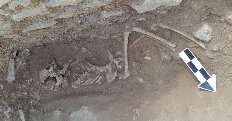 В Италии раскопали могилу ребенка-вампира