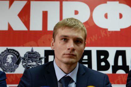 Глава Хакасии попросил отозвать иск о снятии с выборов кандидата-коммуниста