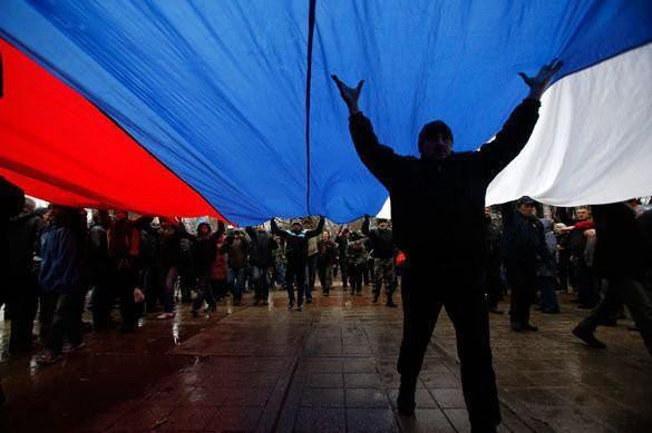 «Сразу мысль: а как народ?» США поклялись в симпатии к России