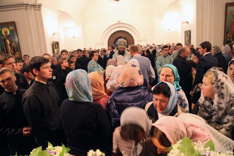 Как попасть к мощам святого Спиридона Тримифунтского в Москве 14 октября 2018 — расписание, карта, фото и видео
