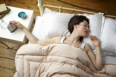 Нежелание вставать с постели по утрам признали заболеванием