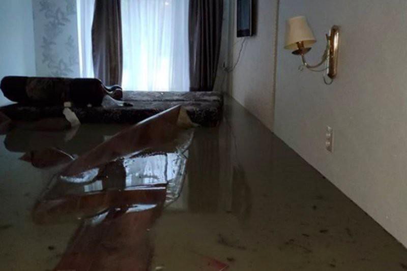 Потоп в Туапсе — видео от 27.10.2018