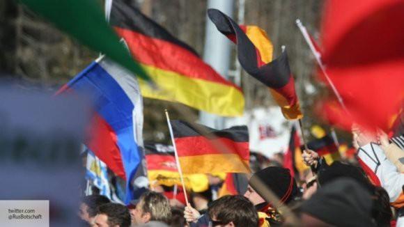 Европа вырвалась из-под «крыла» США: политолог объяснил рост товарооборота России и Германии