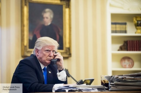 Трамп ответил своему критику: демократы съедят его живьем
