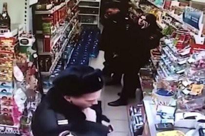 Сотрудницу полиции обвинили в краже 200 рублей у семилетнего ребенка