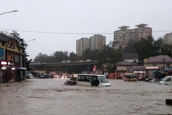 Последствия наводнения в Сочи и Туапсе сегодня 29 октября 2018: последствия, фото, видео