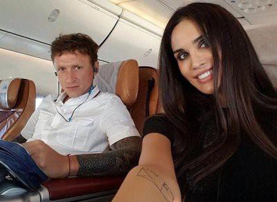 В Instagram утекли «голые» фото и видео Павла Мамаева и его супруги