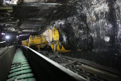 В Кемеровской области из шахты эвакуировали 135 горняков