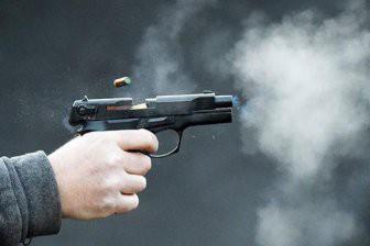Московский пенсионер расстрелял соседа после ссоры у лифта