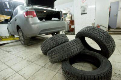 В Москве автомобилистам советуют поменять летнюю резину на зимнюю