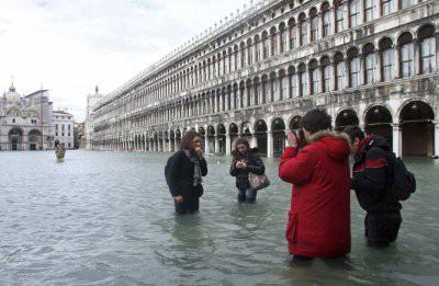 Из-за шторма три четверти территории Венеции ушло под воду