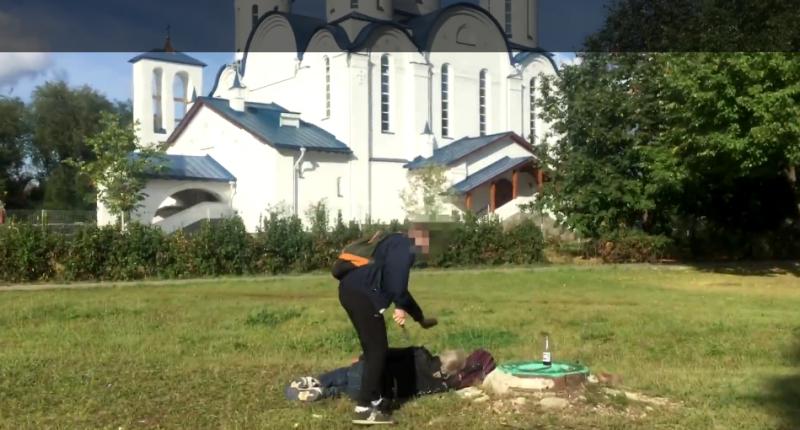 Новая банда неонацистов убивает бездомных: в Сети нашли зверские ролики подражателей «чистильщиков»
