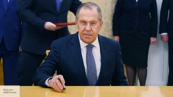 «Этот запрос очень агрессивно навязывается»: Лавров рассказал о русофобии в американском обществе