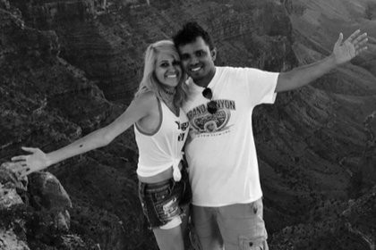 Популярные блогеры отправились к знаменитой скале и погибли