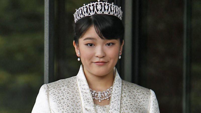 Японская принцесса Мако отказалась от титула из-за жениха: подробности, фото