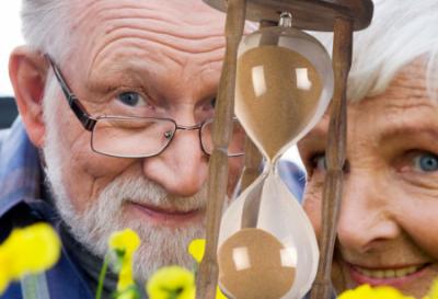 Ученые узнали, в какое время года чаще умирают молодежь и старики