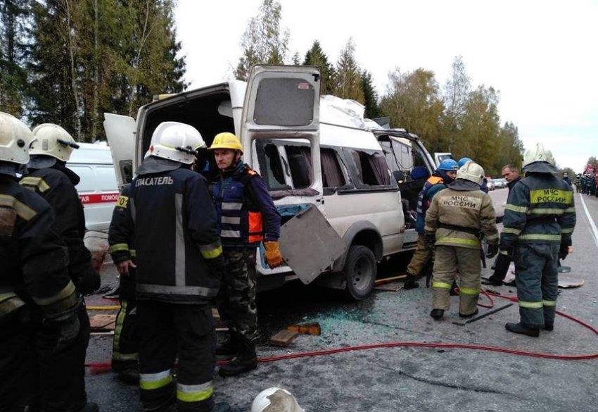 """Директора """"ТрансАвто"""" поместили под домашний арест по делу о ДТП под Тверью"""
