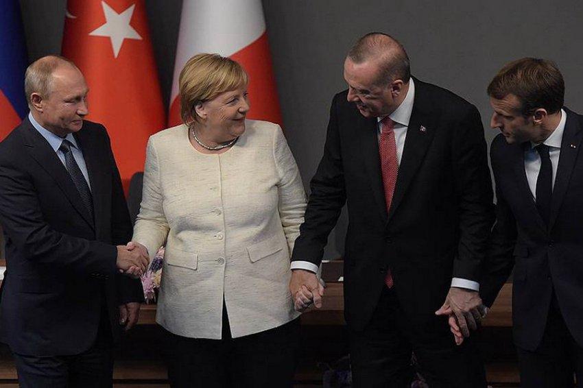 Четырехсторонний саммит по Сирии завершился в Стамбуле