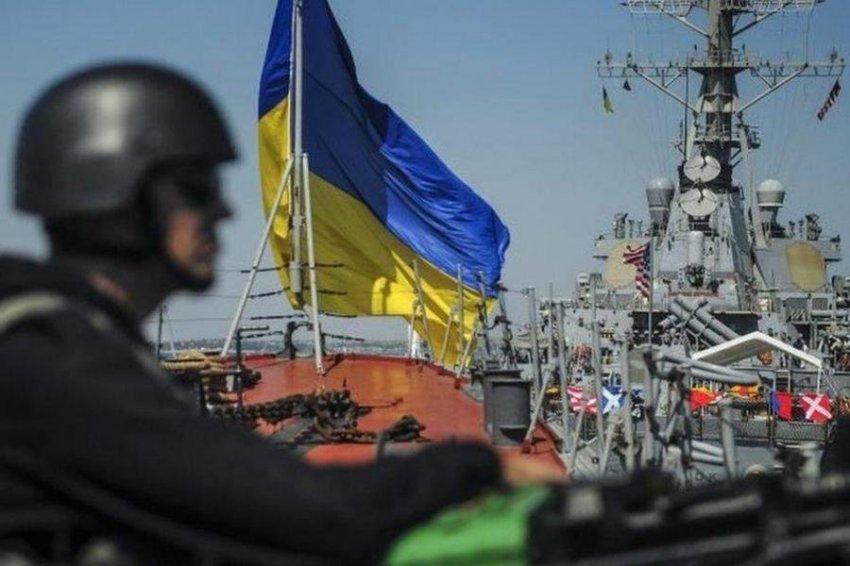 Кто подталкивает Украину к морской войне с Россией?
