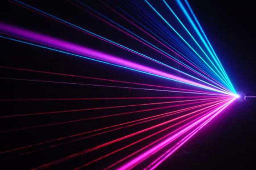 Российские ученые превратили лазерный диод в компактный детектор ядов