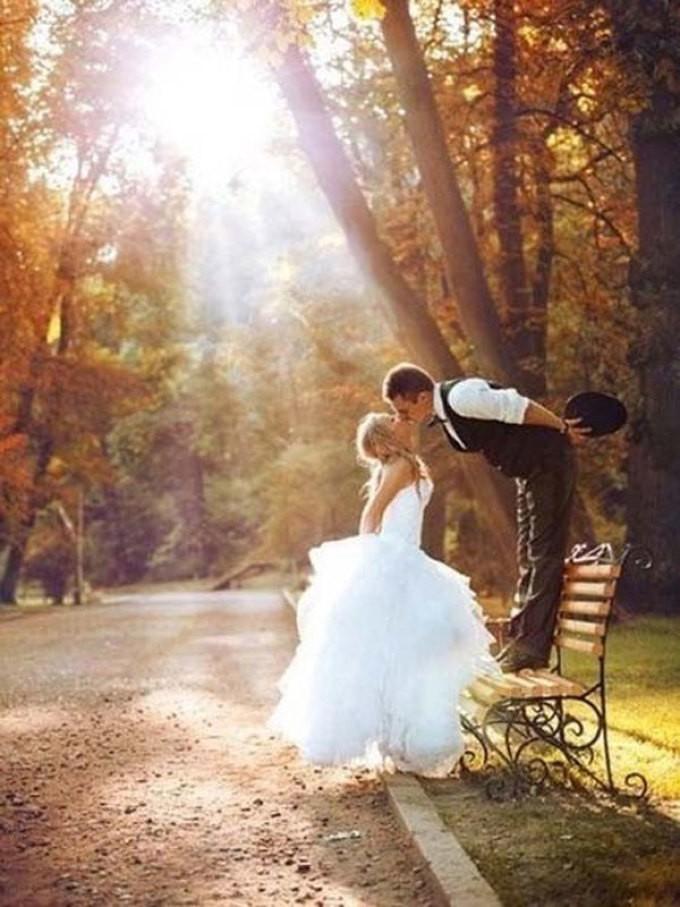 Народные приметы на ноябрь о погоде, природе, связанные с церковными праздниками, на каждый день: описание, обычаи, обряды, что можно, а что нельзя делать. Свадьба, жениться, венчаться, родиться в ноябре