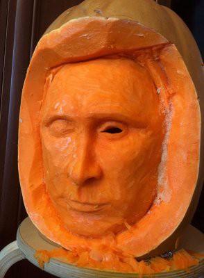 Путин в тыкве напугал американцев на Хэллоуин