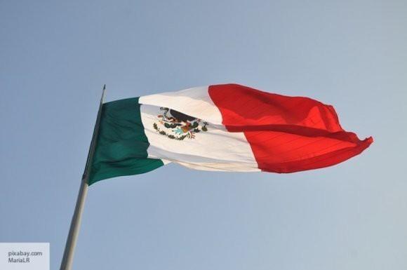 Мексика впервые за десять лет импортировала нефть из США
