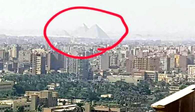 Житель США запечатлел в небе над городом пирамиды