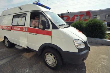 Около 20 человек пострадали из-за столкновения поезда с грузовиком на Кубани