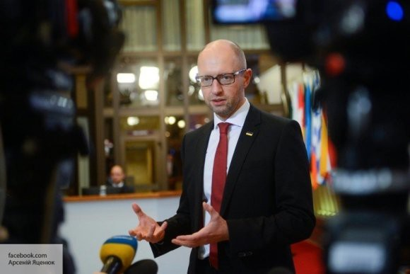 Голос Запада все тише: Яценюк посетовал на слабую поддержку «хозяев»