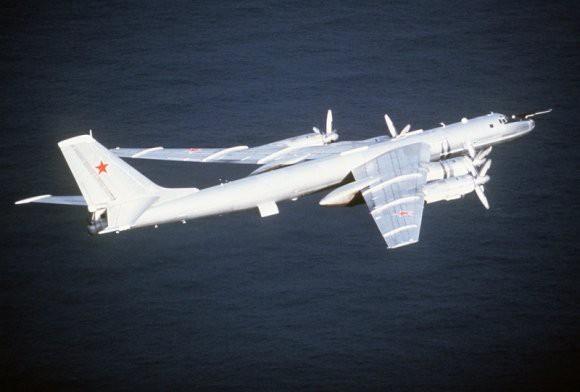 В Минобороны прокомментировали полеты российских Ту-142 над Норвежским морем