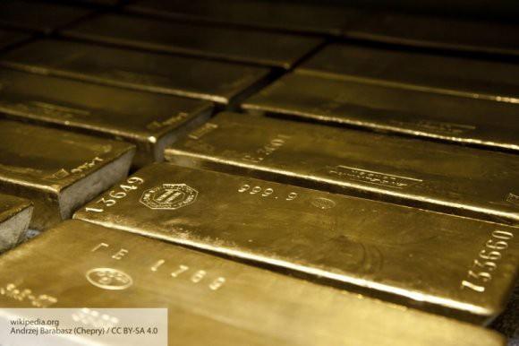Подушка безопасности: эксперт рассказал, зачем РФ скупает золото